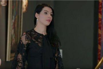 """""""Elif"""", in costum de baie! Cele mai sexy poze cu frumoasa actrita Hatice Sendil, din """"Ziua in care mi s-a scris destinul"""""""