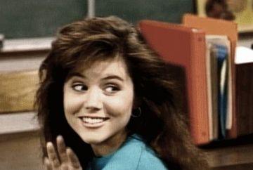 """O mai stii pe Kelly, din serialul """"Salvati de clopotel""""? Dupa 25 de ani de la incheierea filmarilor, actrita e neschimbata! Uite ce bine arata la 42 de ani"""