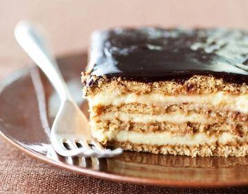 Prajitura VANILINA, cu biscuiti, budinca si fructe! Fara COACERE, gata in 10 minute!