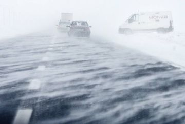 Vremea rea se intoarce! Meteorologii avertizeaza: COD GALBEN de ninsori si viscol! Uite care sunt zonele afectate