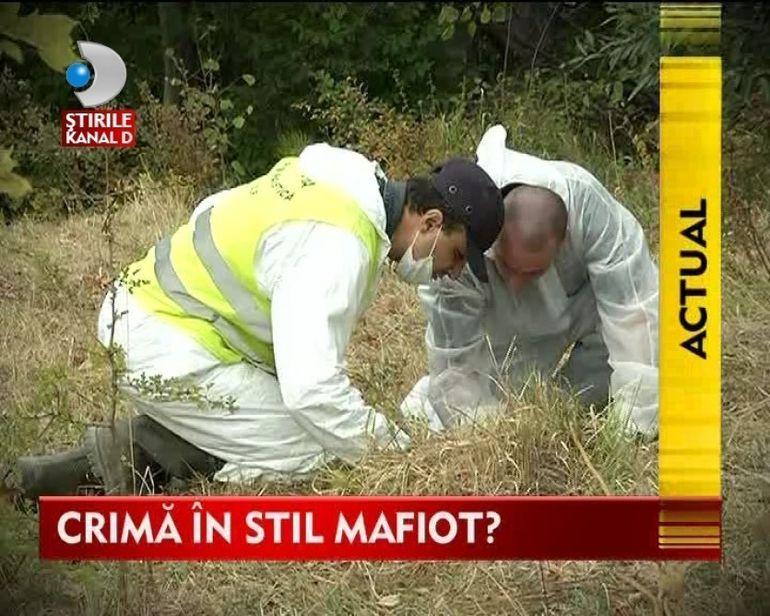 CRIMA IN STIL MAFIOT! Un pastor si fiul sau, in varsta de numai 9 ani, INCENDIATI in masina proprie
