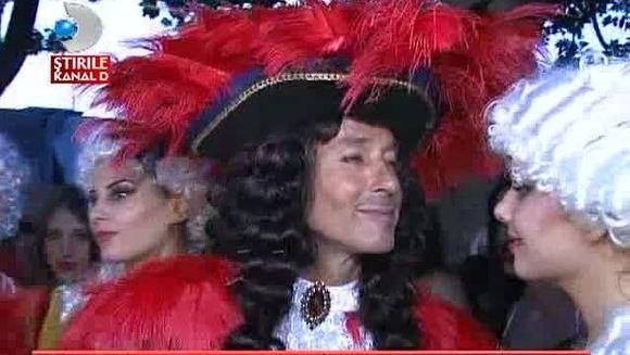 Radu Mazare a dat tonul distractiei la Mamaia! Iata cum a inaugurat sezonul carnavalurilor VIDEO