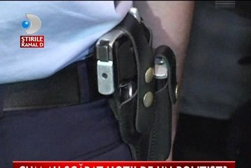 GHINION DE POLITIST. I s-a descarcat arma in picior in timp ce alerga dupa hoti VIDEO