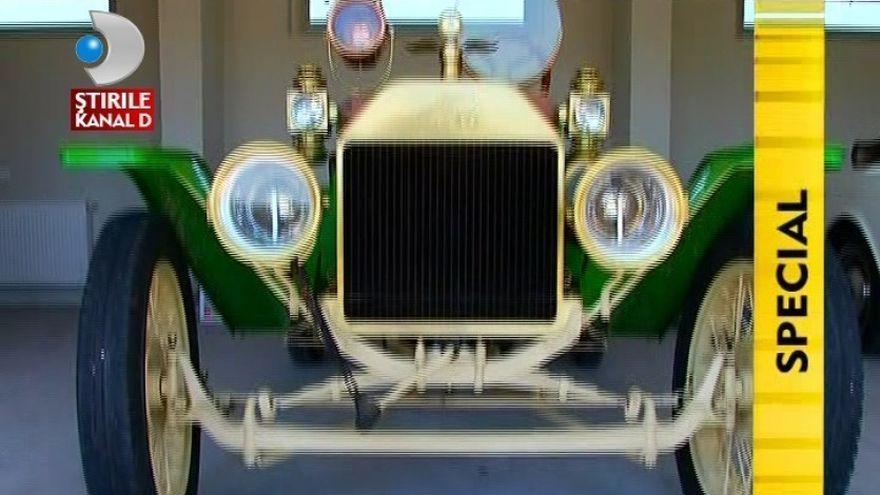 BIJUTERIE PE PATRU ROTI! Cel mai vechi automobil din tara inca mai e functionabil VIDEO