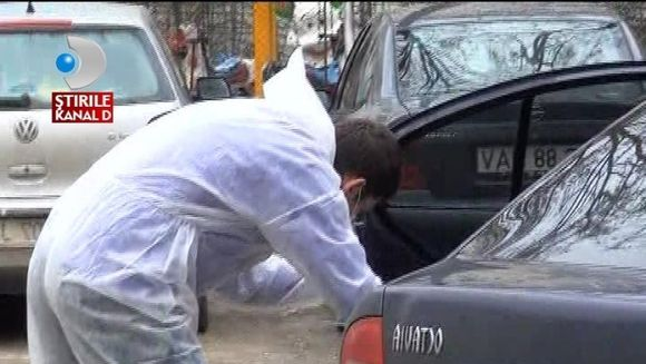 INCREDIBIL! Un hot A FURAT o masina cu tot cu copil in ea VIDEO