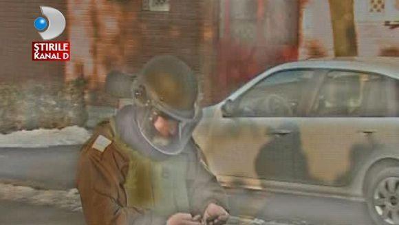 Patronul unei case de amanet, AMENINTAT CU BOMBA sub masina VIDEO