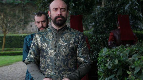 """Serialul fenomen """"Suleyman Magnificul – sub domnia iubirii"""" si emisiunea """"WOWBiz"""", lideri de audienta!"""