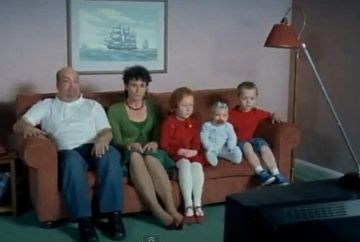 "Esti fan ""Familia Simpson""? Iata-i in viata reala! VIDEO"