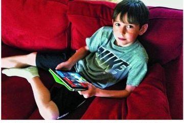 Are 8 ani si a prins un hot folosind o aplicatie pentru iPad. Uite cum a reusit