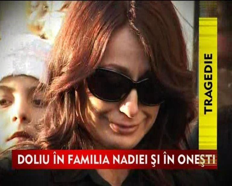 Nadia isi plange tatal. VIDEO