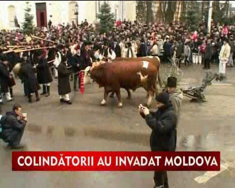 Spectacol de traditii si culoare in Moldova VIDEO