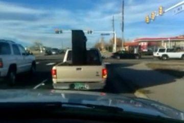 UPS! Cum sa nu transporti un pian cu masina