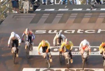Competitie de ciclism ratata complet! Toti biciclistii au cazut in nas!