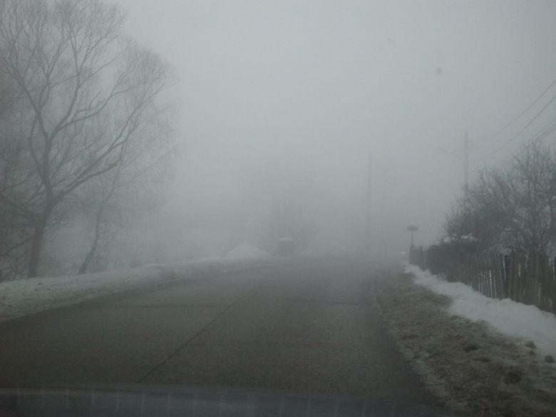 COD GALBEN de ceata in aproape toata tara. intarzieri chiar de 4 ore la curse aeriene