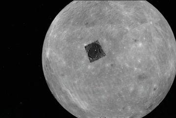 Imaginea care a INGROZIT omenirea. Baza extraterestra surprinsa de Google Earth pe suprafata Lunii?