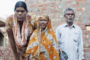 Cea mai INALTA femeie din lume, SALVATA DE LA MOARTE. Medicii i-au descoperit o TUMOARE URIASA pe creier