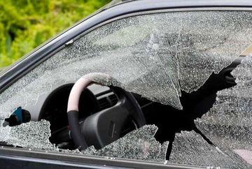 GROAZNIC ACCIDENT la Mircurea Ciuc. Trei persoane au murit dintre care doi politisti
