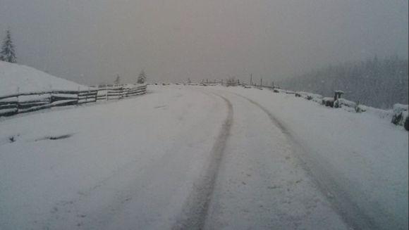 Iarna face ravagii in Romania la jumatatea lui aprilie! Imagini incredibile