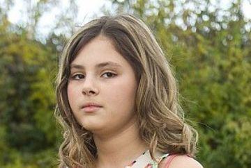 INSARCINATA la doar 12 ani? S-a dus la medici pentru ca avea greturi si vomita continuu, insa i s-a pus un diagnostic socant