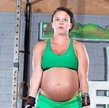 Gravida care a UIMIT o lume intreaga. Facea asta cu doua zile inainte de a da nastere copilului!