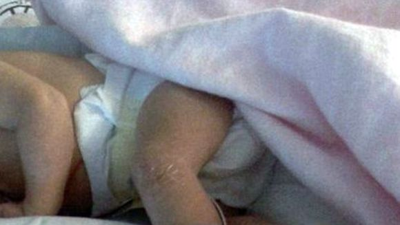 IREAL: A fost lovita de fulger in timp ce era INSARCINATA! Nu o sa crezi cum arata bebelusul pe care l-a nascut