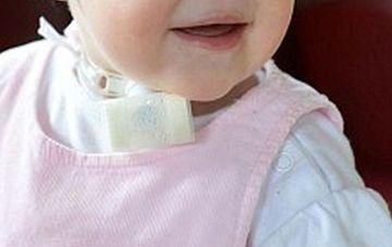 CAZ SOCANT: Fetita care s-a nascut FARA NAS! Toti incremenesc cand o vad