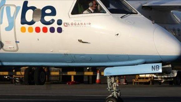 SOCANT. Un pilot a pierdut controlul avionului din cauza ca MANA ARTIFICIALA i s-a desprins in timp ce facea manevra de aterizare