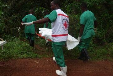 CAZ SOCANT in Africa. Localnicii unui sat sustin ca victimele virusului Ebola AU INVIAT din morti!