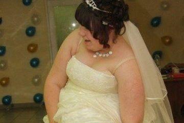 Mireasa care a ORIPILAT internetul. Priviti in ce ipostaza JENANTA a fost surprinsa la nunta!