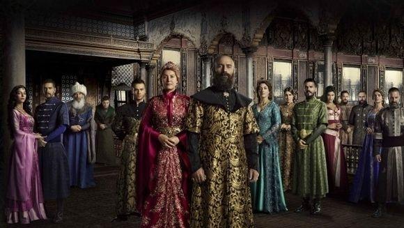 """Kanal D si Libertatea iti aduc colectia de DVD-uri """"Suleyman Magnificul - Sub domnia iubirii""""! Cauta luni in magazine al 20-lea DVD din sezonul 2"""