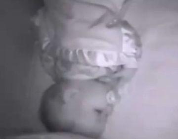 CAZ HALUCINANT: Au auzit o voce de barbat in dormitorul copilului! E INFIORATOR ce au descoperit, se intampla in fiecare noapte