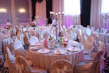 """Un Revelion pe care nu-l veti uita niciodata! Totul se va intampla la super restaurantul """"Luxor"""" din Constanta!"""