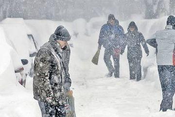 Avertizare meteo: COD GALBEN de ninsori si vant! Vezi de cand revine viscolul