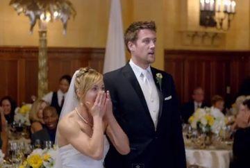 I s-a spus ca un invitat SURPRIZA vrea sa-i faca un cadou de nunta. Era sa lesine cand a vazut cine era!