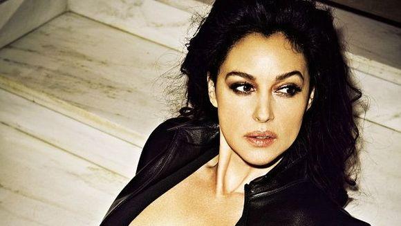 """EA este noua """"Femeie Bond"""". Are 50 DE ANI si un fizic de invidiat. Cea mai FRUMOASA actrita italiana va juca in noul film din seria """"James Bond"""""""