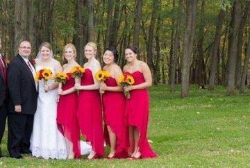 """Au vrut o amintire de la nunta lor si s-au fotografiat intr-un parc! Fotograful a surprins insa un DETALIU care le-a facut praf toata sedinta foto: """"Ce scarbosenie, cum a putut..."""""""