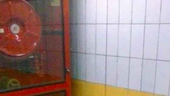 Au vazut ceva ciudat la metrou intr-un perete si au alertat autoritatile. Cand au aflat ce era au ramas fara cuvinte! Statea de 5 ani acolo