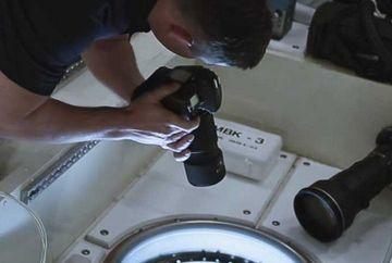 Acest astronaut facea o poza Pamantului cand in mod miraculos a descoperit ASTA! Urmareste un clip senzational!