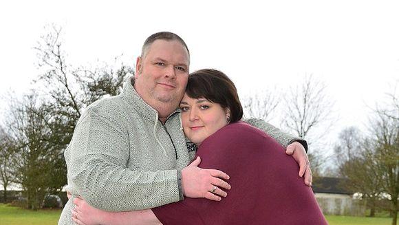 O femeie a slabit 75 DE KILOGRAME si acum se teme ca sotul o sa o paraseasca. Doamne, ce gusturi are barbatul asta...