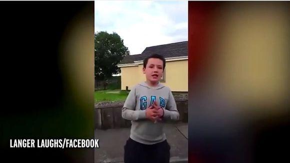 S-a indragostit de o fata si a inregistrat un mesaj video pentru ea. Cea mai tare declaratie de dragoste a strans, deja, sute de mii de vizualizari