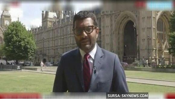 O transmisiune in direct s-a transformat intr-un veritabil numar de magie. Ce a patit un reporter in timpul relatarii sale din fata Parlamentului britanic!