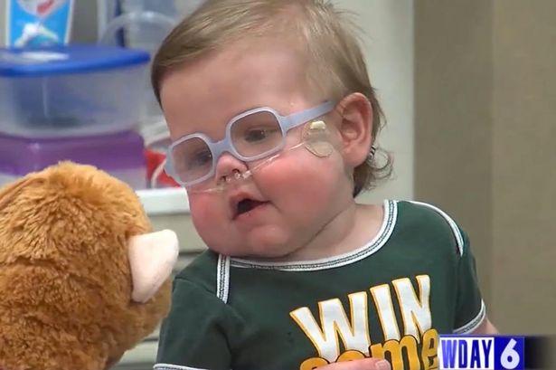 Cantarea la nastere 620 de grame si a stat un an in spital. Cum arata acum micutul caruia doctorii nu ii dadeau NICIO SANSA!