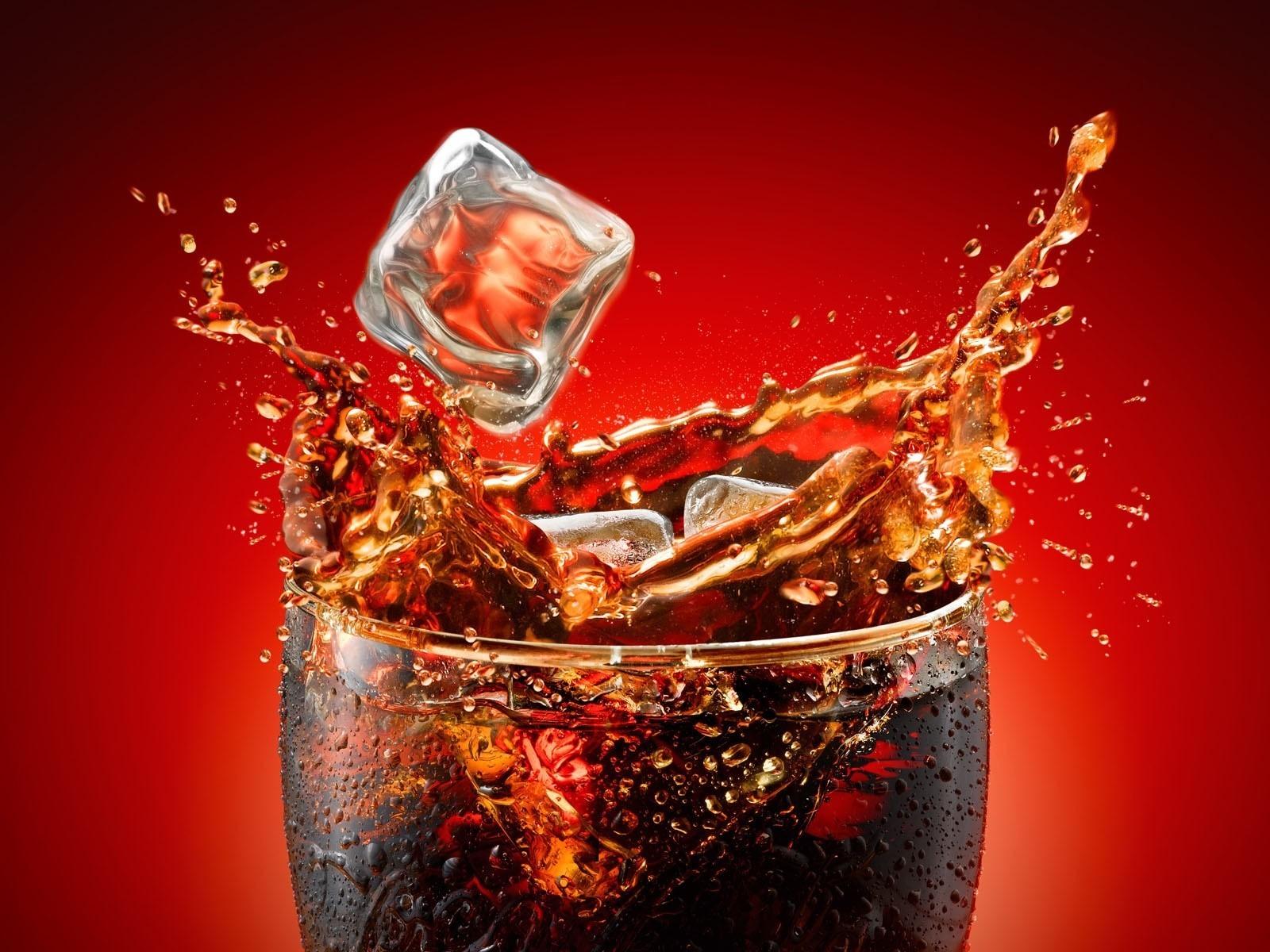Stii ce se intampla la o ora dupa ce bei Cola? Dezvaluirea facuta de un farmacist american