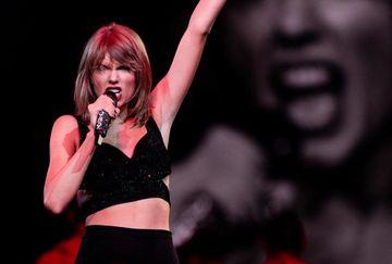 Taylor Swift a refuzat un onorariu de 2 milioane de dolari, pentru a canta 3 melodii. E INCREDIBIL ce a ales sa faca VEDETA in acea zi