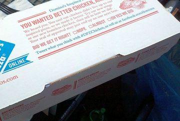 """Si-a comandat de mancare de la un restaurant, dar cand a deschis cutia si a vazut ce se afla inauntru a ramas blocat! """"Am primit pizza gratis pentru un an de zile din cauza asta"""""""