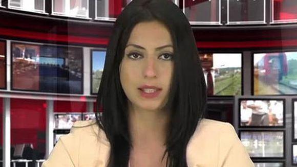 A fost angajata la TV pentru un singur motiv: Sanii ei sunt uriasi! Uite cum arata fata care a crescut audienta statiei