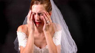 A aflat ca viitoarea sotie il insala, asa ca a hotarat sa se razbune! Cum a umilit-o chiar la nunta, de fata cu toata lumea