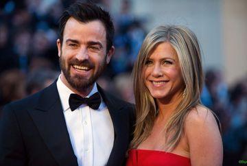 VA RAMANE VESNIC LOGODNICA? Jennifer Aniston si iubitul ei si-au amanat data nuntii