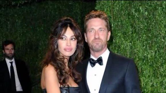 Madalina Ghenea a primit un PREMIU INEDIT! Este oficial cea mai cunoscuta olteanca din lume VIDEO