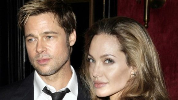 AU DAT LOVITURA! Vinul produs de celebrul cuplu Jolie – Pitt s-a vandut ca painea calda